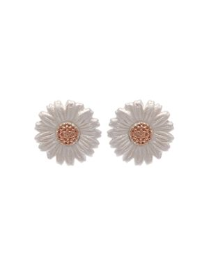3D DAISY STUD EARRINGS
