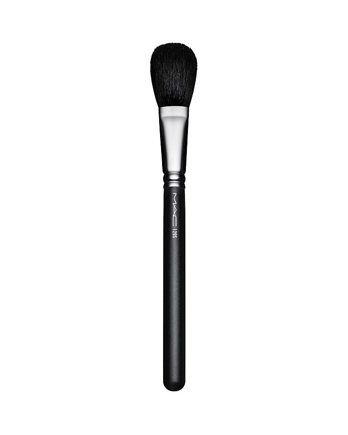 M·A·C - 129S Powder/Blush Brush