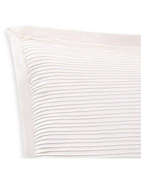 """Charisma - Luxe Cotton & Linen Decorative Pillow, 18"""" x 18"""""""