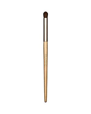 What It Is: A makeup artist-quality domed brush designed with plush synthetic fibers for effortless blending and precision shading. What It Does: You control the color-from subtle to high intensity. Glide over eyeliner for a soft, smudgy effect. Perfect for applying all cream and powder eyeshadows. Sustainably-sourced birch handle.