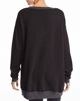 WILDFOX - Saturyay Sweatshirt - 100% Exclusive