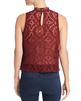 BB DAKOTA - Sleeveless Lace Top