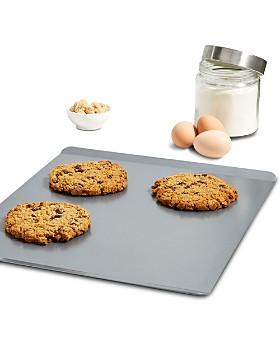Calphalon - Calphalon Nonstick Large Insulated Cookie Sheet