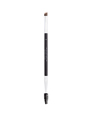 What It Is: The perfect height and width, with a tapered silhouette for filling in eyebrows with Dipbrow or creating hair-like strokes. Free Of. - Animal cruelty
