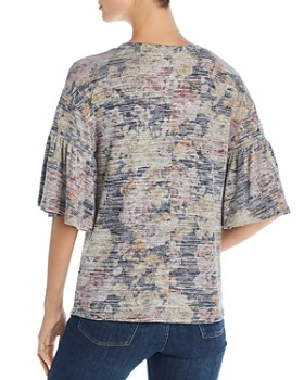 Cupio - Floral Bell-Sleeve Knit Top