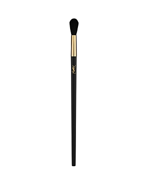 What It Is: A long and rounded brush for blending all powder and cream eyeshadows. What It Does: This eyeshadow brush smoothly blends eyeshadows of all textures. Use to buff single shades on eyelids or use to create sophisticated smoky eyes. This makeup brush is cruelty-free, made with high-quality synthetic bristles that do not absorb makeup and are easy to clean. How To Use It: - Dip the eyeshadow brush in a powder or cream eyeshadow - Apply and blend the shadow onto the eyelids - Concentrate