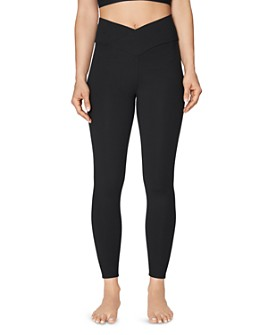 Betsey Johnson - V-Waist High-Rise Leggings