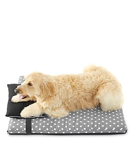RiLEY Home - Polka Dot Pet Bed