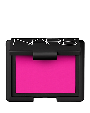 What It Is: A richly pigmented, micronized powder formula that delivers sheer buildable color in a wide range of shades and effects. This superfine powder blends evenly with each application. What It Does: The ultimate authority in blush, Nars offers the industry\\\'s best-selling, most iconic shades for cheeks, delivering healthy-looking color that immediately enlivens the complexion and provides a natural-looking flush that flatters any skin tone. Iconic shades include a range of translucent, nat