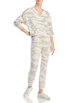 Vintage Havana - Camo Print Sweatshirt & Jogger Pants