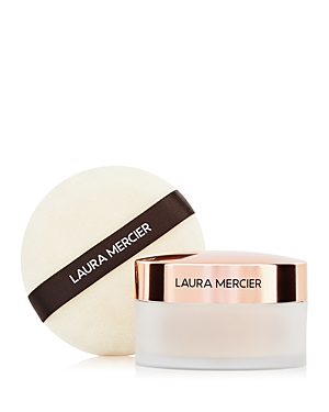 What It Is: Laura Mercier\\\'s #1 setting powder and signature puff, dressed in limited-edition packaging inspired by the elegance of the Paris ballet. A smooth, sheer matte finish sets the stage for a flawless 12-hour performance. Set Includes: - Translucent Loose Setting Powder 1 oz. - Velour Puff What It\\\'S For: All skin types What It Does: A touch of sheer coverage with a matte finish sets makeup flawlessly for 12 hours. The lightweight, finely milled powder doesn\\\'t add weight or texture to skin