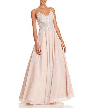 AQUA - Paisley Appliqué Gown - 100% Exclusive