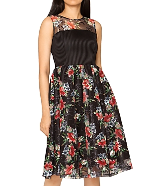 Floral Lace Sleeveless Dress (39% off)
