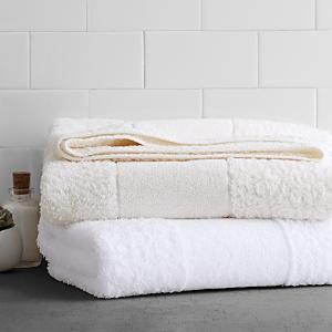 Abyss Super Line Bath Towel