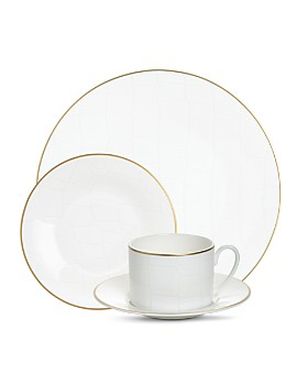 Domenico Vacca by Prouna - Alligator White Dinnerware