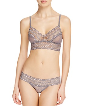 b.tempt'd by Wacoal - Lace Kiss Bralette & Bikini