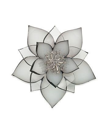 Carolee - Flower Pin