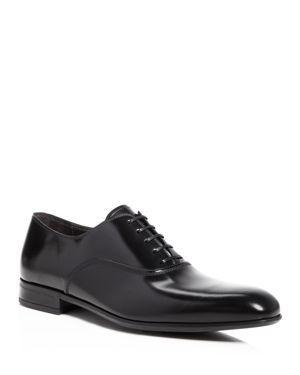 Salvatore Ferragamo Leather Almond Toe Oxfod Shoes