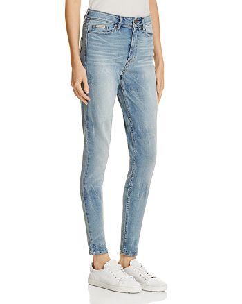 Calvin Klein - High-Rise Skinny Jeans in Joy Ride