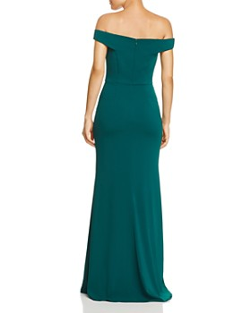 Carmen Marc Valvo Infusion - Off-The-Shoulder Crepe Gown