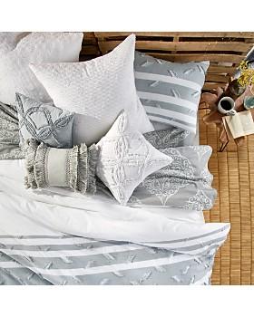 Peri Home - Stripe Fringe Collection