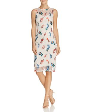 EMBROIDERED CHANTILLY LACE SHEATH DRESS