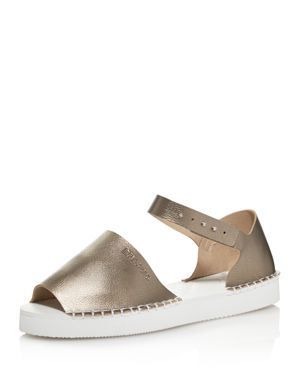 FLATFORM FASHION SANDAL