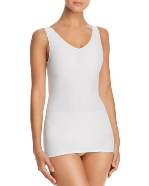 YUMMIE Seamlessly Shaped Scoop Neck Shaping Tank in White