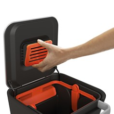 Joseph Joseph - Titan 20L Trash Compactor Kitchen Bin