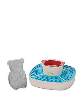 FAO Schwarz - Gummy Bear Candy Maker - Ages 8+