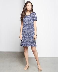 Karen Kane - Short-Sleeve Printed Shift Dress
