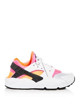 Nike - Women's Air Huarache Low-Top Sneakers