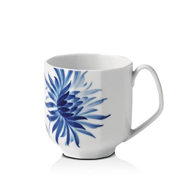 Royal Copenhagen - Blomst Dahlia Mug - 100% Exclusive