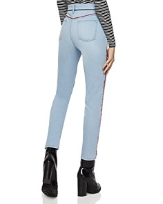 BCBGENERATION - Piped Skinny Stretch Jeans in Light Wash