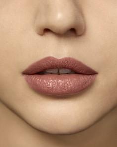 Laura Mercier - Rouge Essentiel Silky Crème Lipstick
