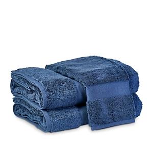 Matouk Lotus Hand Towel In Indigo