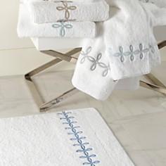 """Matouk - """"Gordian Knot"""" Hand Towel"""