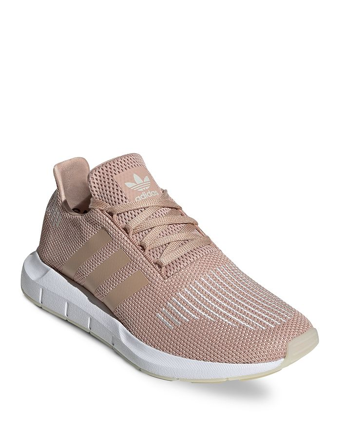run shoes quality retail prices Women's Swift Run Knit Low-Top Sneakers