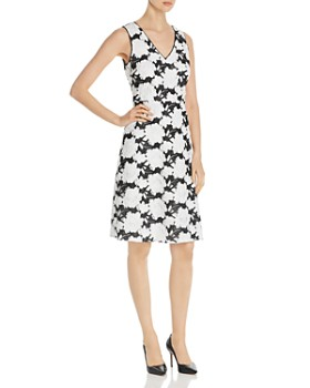 KARL LAGERFELD Paris - Sleeveless Floral-Embroidered Dress