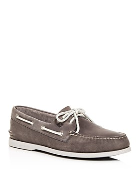 Sperry - Men's Authentic Original 2-Eye Distressed Leather Boat Shoes