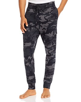 2(X)IST - Spencer Camo Jogger Pants