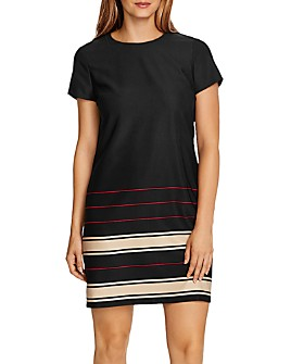 VINCE CAMUTO - Linear Planes Short Sleeve Shift Dress