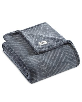ED Ellen Degeneres - Herringbone Green Throw