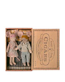 Maileg USA - Mum & Dad Mice in Cigar Box  - Ages 3+