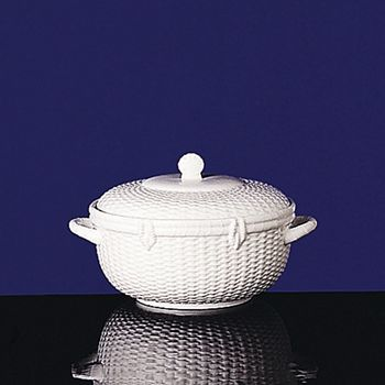 Wedgwood - Nantucket Basket Covered Vegetable Bowl
