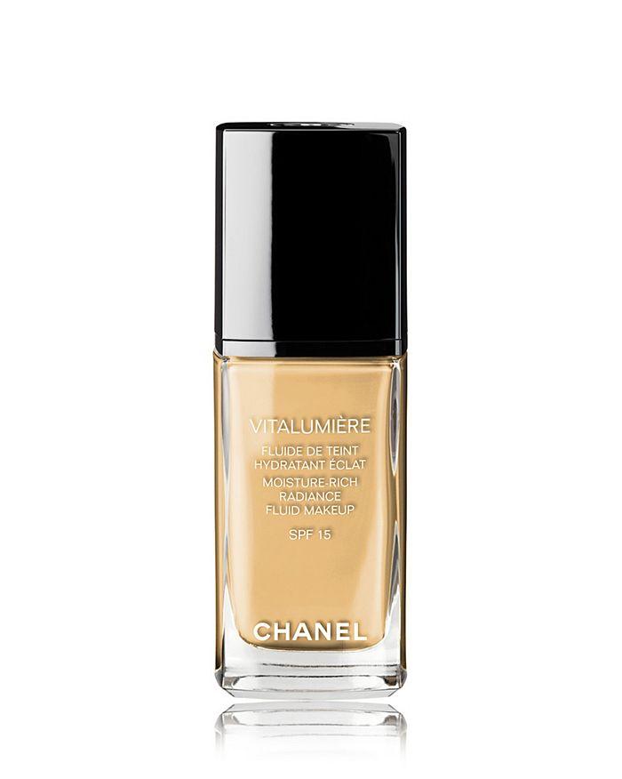 CHANEL - VITALUMIÈRE Moisture-Rich Radiance Fluid Makeup SPF 15