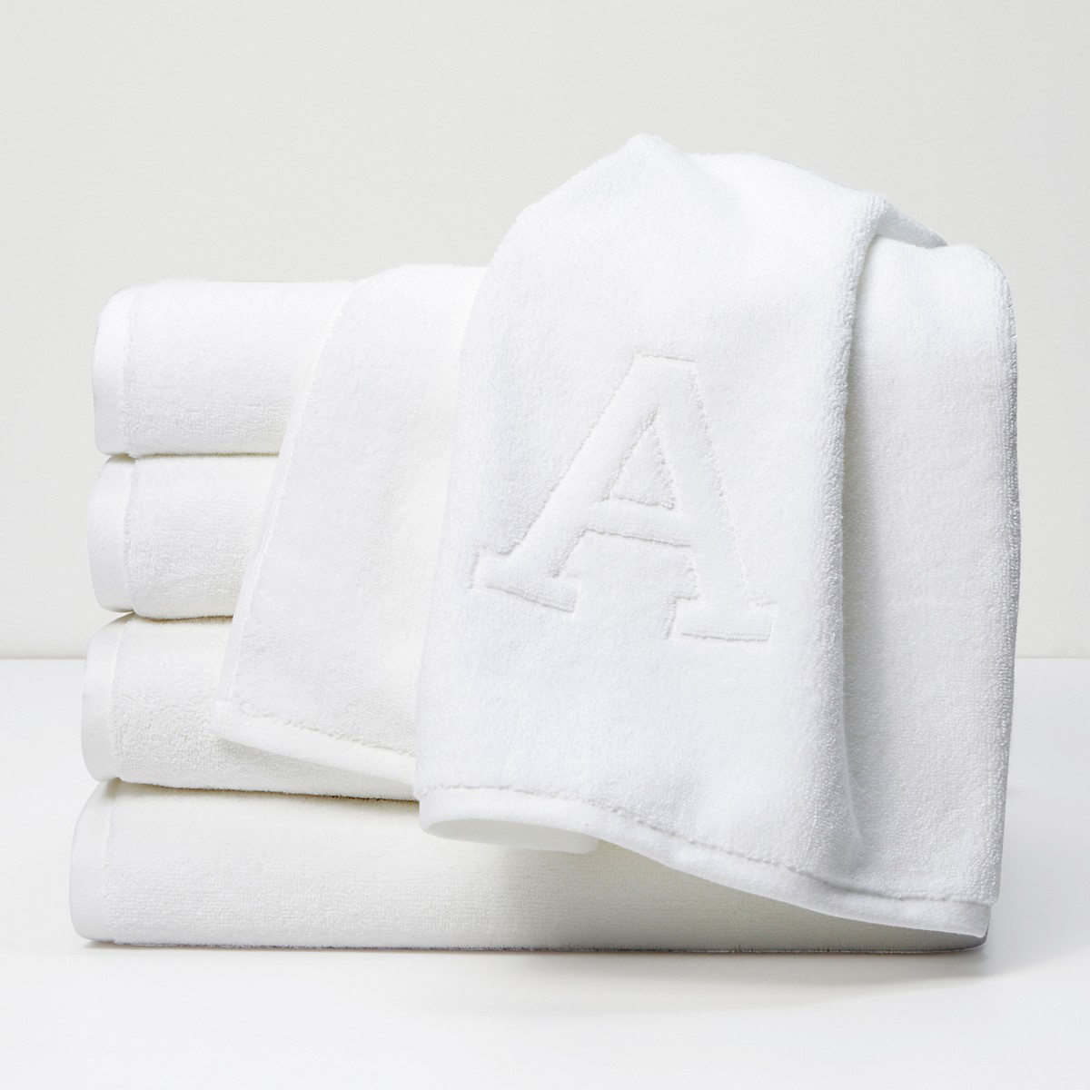 Matouk Auberge Monogrammed Letter Towel Collection | Bloomingdale\'s