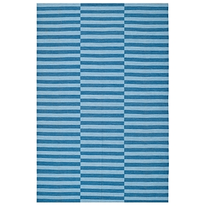 A classic beach stripe rug with a sophisticated pattern repeat, River Reed Stripe by Ralph Lauren Rugs breathes fresh chic life into city, suburban and coastal environments. Designed for indoor/outdoor use of fade resistant, easy-care polypropylene, this versatile, multipurpose rug is crafted in the texture of kilim flatweave carpets.