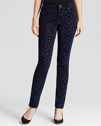 True Religion - Halle Mid Rise Super Skinny Jeans in Leopard