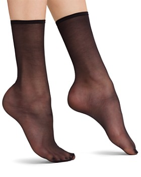 HUE - Sheer Anklet Socks